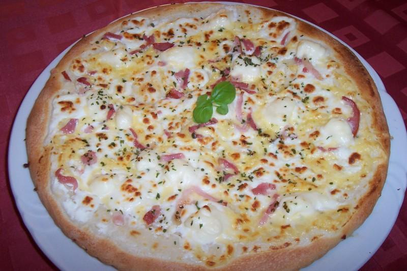pizz�ria alba bansk� bystrica