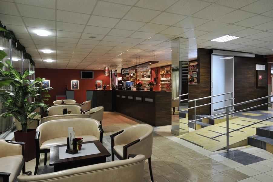 denný bar Kongres Hotel Dixon**** Banská Bystrica