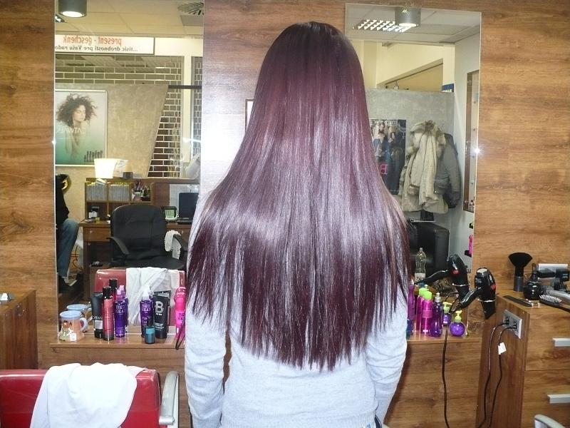 b1bb79de2d73a Kaderníctvo SALON 23 ponúka predlžovanie vlasov rôznymi technikami  talianskou značkou Casre. Používame len pravé 100% ľudské indické vlasy -  chrámové vlasy ...